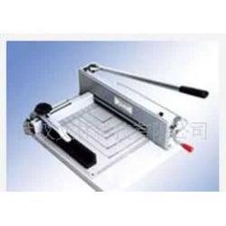 优质钢质裁纸刀、pvc卡倒角钳、电动裁纸机图片