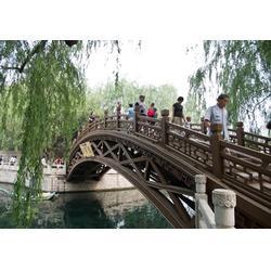 宜昌源森木结构,北京防腐木木桥,防腐木木桥图片