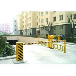 停车场道闸系统(图)、泰州道闸系统供应、泰州道闸图片