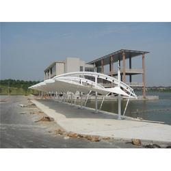 别墅车棚搭建-新凯钢膜结构(在线咨询)金华车棚图片