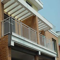 青岛阳台护栏-泰安世通铁艺生产公司-别墅不锈钢阳台护栏图片