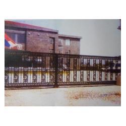 定做铁艺大门,潍坊铁艺大门,泰安世通铁艺厂图片