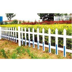 鼎鑫营顺、山西pvc护栏、pvc护栏草坪护栏图片