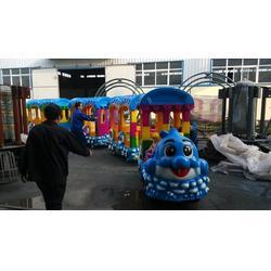 游乐设备轨道小火车、金山游艺设施(在线咨询)、轨道小火车图片