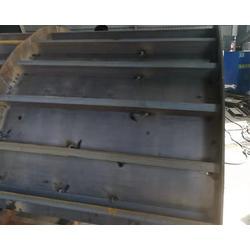 挂篮钢模板生产厂家-辽宁挂篮钢模板-联宇钢模板亚博ios下载图片
