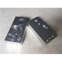 邢台尿素泵电机|济南紫晖|凯龙尿素泵电机图片