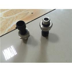 济南紫晖,欧曼尿素泵压力传感器,沧州欧曼尿素泵图片