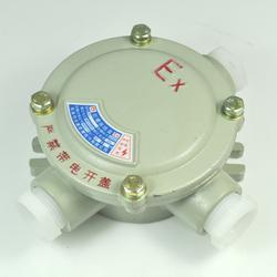 章丘防爆接线盒、安能达防爆电器(优质商家)、防爆接线盒三通图片