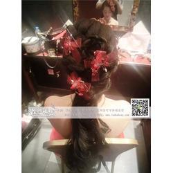 沈阳新娘化妆服务,洛可可婚纱造型工作室,新娘化妆图片