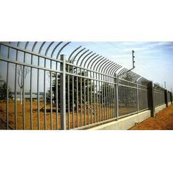 锌钢护栏 富华铸造(在线咨询) 锌钢护栏哪家好图片