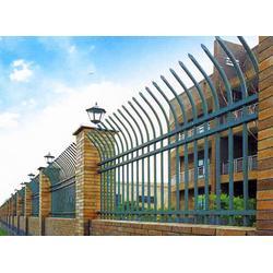 山东临朐富华铸造总厂、锌钢护栏、锌钢护栏供应商图片
