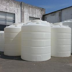 供应大型塑料塑胶容器 大塑料桶 容器 储罐 水塔图片