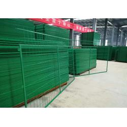 新民铁丝网,果园铁丝防护网,防护铁丝网图片