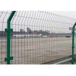 围场护栏网、超兴金属丝网(在线咨询)、铁丝护栏网图片