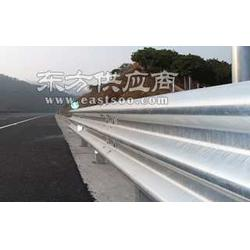 供应高速公路波形护栏网图片