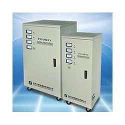 40KVA全自动三相稳压器图片