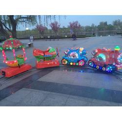 滁州广场轨道小火车游乐设备安装视频、乐之源游乐图片