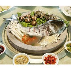 蒸汽石锅鱼、石器食代、蒸汽草帽石锅鱼图片