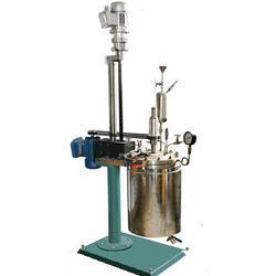 反应釜 搅拌反应釜 高压加氢反应釜图片