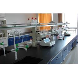 周口玻璃水设备_平治机械_优质玻璃水设备图片