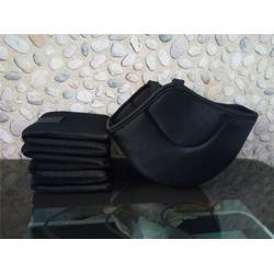 平顶山漂浮头盔、宏宇体育(优质商家)、漂浮头盔零售图片