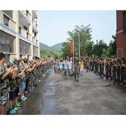 亮剑教育_2015青少年军事夏令营多少钱_郴州军事夏令营图片