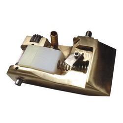 专业生产纸箱机械设备(图),半自动糊箱机配件,糊箱机图片