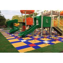 幼儿园拼装地板_绿城CGT_室内幼儿园拼装地板图片