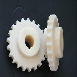 重庆生产耐磨性尼龙齿轮自润滑质优价廉、中大集团(图)图片