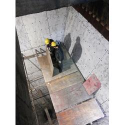 泰安钢煤斗耐磨衬板-泰达橡塑-钢煤斗耐磨衬板图片