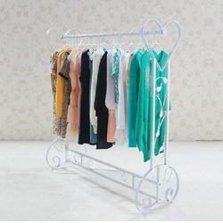 服装展示架子、爱丽尚服装展具有限公司、服装展示架图片