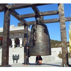 高5米铸铜钟-优质铜钟-大型铜钟铸造厂-荣昌雕塑图片