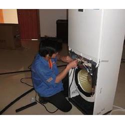 空调销售员、深圳观澜美的空调销售、皓月花园空调销售图片