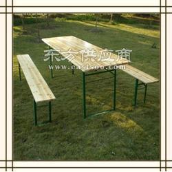 折叠啤酒桌出租,长条实木桌出租,美食节桌凳租赁图片