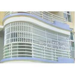 专业阳台防护网安装制作厂家图片