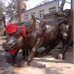 汇丰铜雕、铜牛铜牛铜雕-牛雕刻厂家、福建铜牛图片
