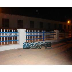 公路锌钢护栏-鑫达护栏(在线咨询)山西锌钢护栏图片