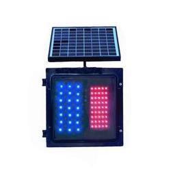 led交通信号灯供应商_奈特尔交通器材_一体式led交通信号灯图片
