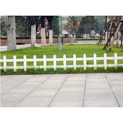 山东pvc草坪护栏,青州pvc草坪护栏,君瑞护栏图片