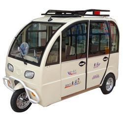 四轮燃油老年代步车,豪翔木兰车业(在线咨询),代步车图片