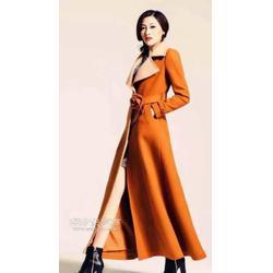 时尚女士风衣量身定做款式新颖图片