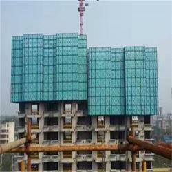爬架网现货供应-航拓丝网 一套建筑爬架多少钱图片