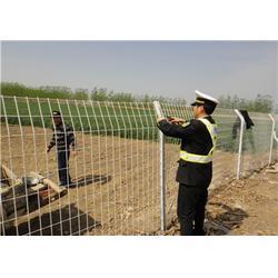 双晟丝网(多图)、双边丝高速公路护栏网首选厂家图片