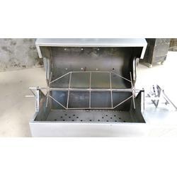 自动烤全羊炉招代理_小六炉具(在线咨询)_河南烤全羊炉图片