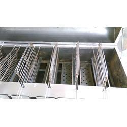 小六炉具(图)、定做不锈钢烧烤炉、张掖烧烤炉图片