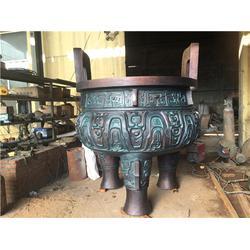 河北宏达铜鼎铸造(图),定做大型铜鼎雕塑,铜鼎雕塑图片