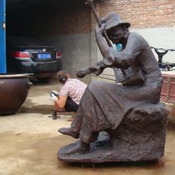 校园代表人物雕塑铸造商_人物雕塑_宏达雕塑图片