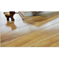 金牌地板(多图)、潍坊特价清仓地板直销厂家找哪个图片