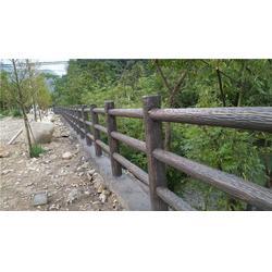池塘仿木栏杆-棠下池塘仿木栏杆-辉也纳建材厂家定制图片