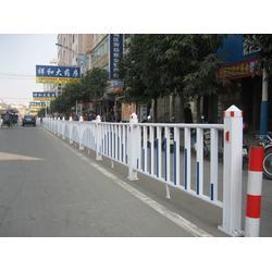 停车场隔离护栏加工-同江停车场隔离护栏-中泽丝网(查看)图片
